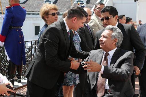 La Secretaría de Comunicación ecuatoriana informó que el Gobierno de Moreno aceptó la renuncia de Espinel y además le agradeció por sus servicios.