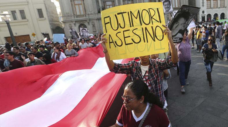 Mencionaron en la misiva que existe una posible vinculación entre la abstención de Kenji Fujimori (hijo) en la votación en el Congreso sobre la vacancia por incapacidad moral contra Kuczynski y la aprobación del indulto por parte de éste.