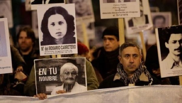 Uruguayans march for justice for victims of the dictatorship.