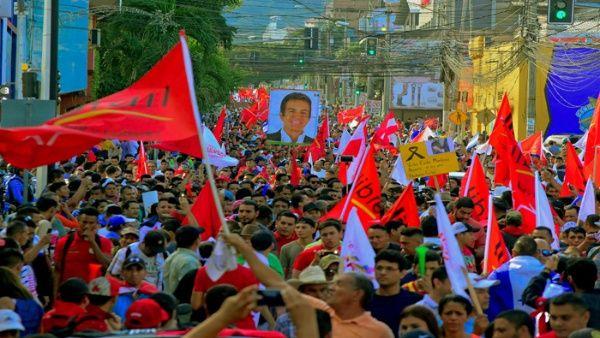 Casi 100.000 personas se movilizaron el pasado 6 de enero en San Pedro Sula.