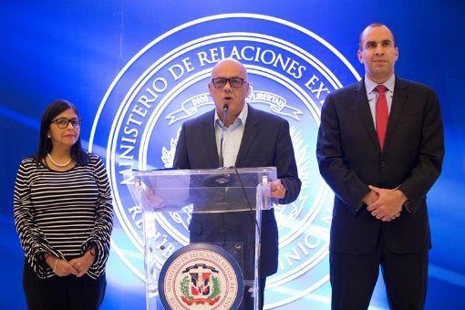 El Gobierno y la oposición venezolana retomarían el diálogo este 18 de enero.
