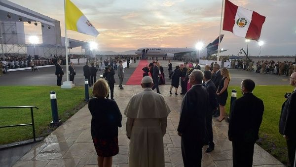 Pope Francis attends a farewell ceremony at Lima
