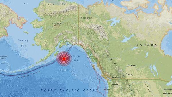 Alerta de tsunami en Estados Unidos y Canadá