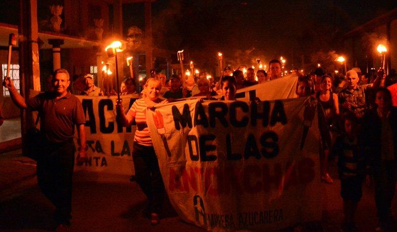 """El lema de este año es """"Con la luz de sus ideas"""" que refleja la intención de las nuevas generaciones de dar continuidad al legado de José Martí."""