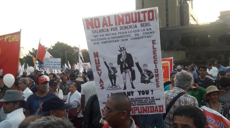 A más de un mes desde que el presidente Pedro Pablo Kuczynski concediera el indulto humanitario a Fujimori, la organización Asamblea Ciudadana convocó nuevamente a las calles para rechazar la medida.