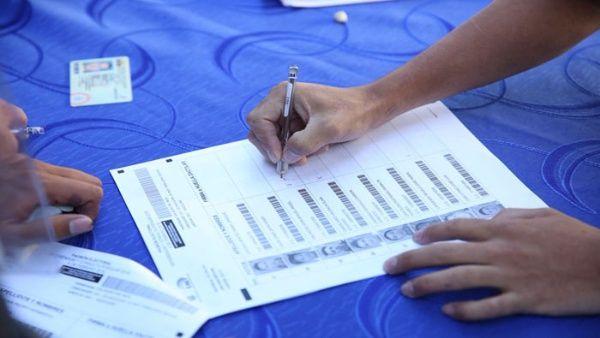 El proceso electoral inició con el ejercicio del voto de los privados de libertad.