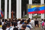 Venezuelan Foreign Minister, Jorge Arreaza, speaks to the citizens of Cuba at a gathering in Havana during his visit.