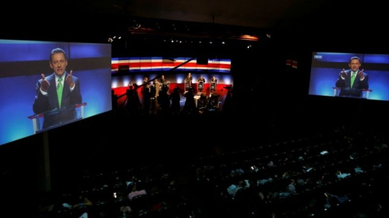Candidates participate in the last debate for Costa Rica