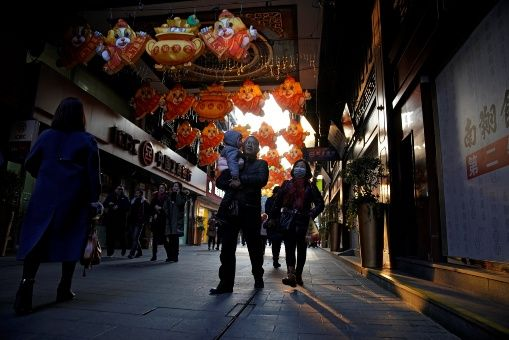 Un autre défi pour la société chinoise est de lutter contre la pollution.