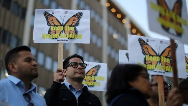 People protest for immigration reform that will allow DACA recipients a path to citizenry through the Dream Act, which has been in legislative debate since 2011. Los Angeles, Jan. 22, 2018.