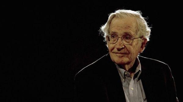 Tenemos que repensar lo que significa el poder. Estados Unidos sigue siendo supremo, opina el filósofo Noam Chomsky.