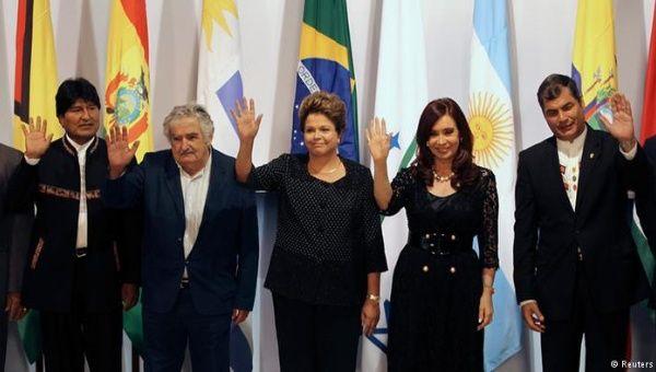 Latin American Presidents. From left to right: Evo Morales (Bolivia), José Mujica (Uruguay), Dilma Rousseff (Brazil), Cristina Fernandez (Argentina), Rafael Correa (Ecuador) in 2014.