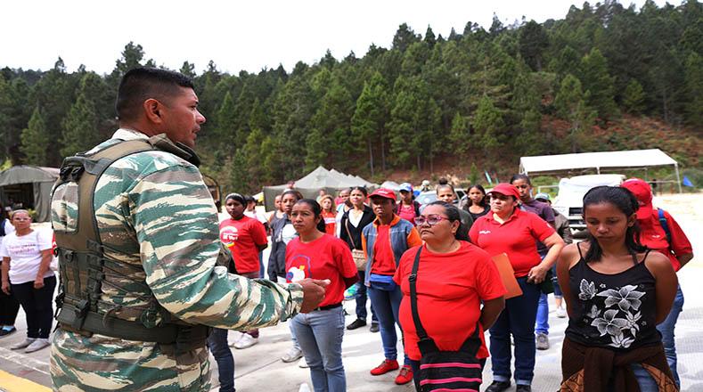 La batuta la tuvieron los principales líderes de la Fuerza Armada Nacional Boliviana venezolana.
