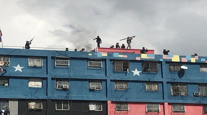 Los ciudadanos venezolanos mostraron su compromiso a las tareas de defensa de la República.