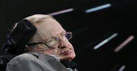 Stephen Hawking vivió hasta los 76 años, mientras los médicos no esperaban que pasara de los 23.