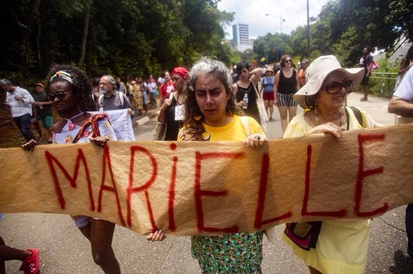 Participants of the World Social Forum protesting Marielle