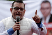 Renewed Democratic Liberation (LIDER) party's presidential candidate Manuel Baldizon addresses supporters during a political rally in Villa Nueva, on the outskirts of Guatemala City, September 4, 2015.