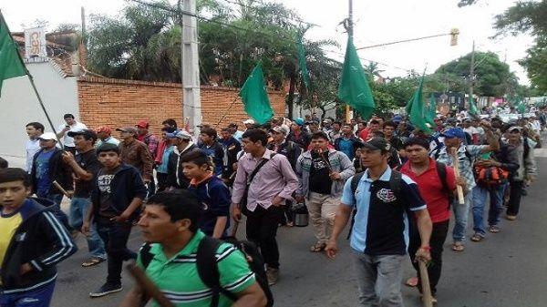 Miles de campesinos marchan por paro agrario en Paraguay Paro_campesino_paraguay-movilizaciones.jpg_1718483347