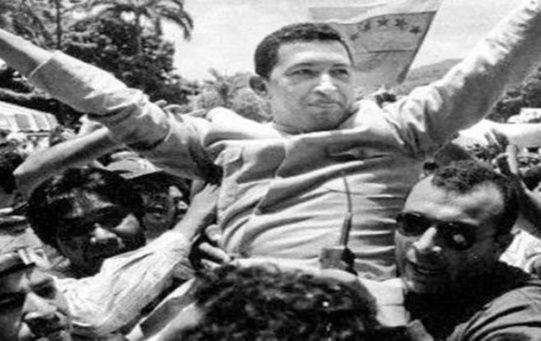El líder de la Revolución Bolivariana salió de la cárcel en 1994.
