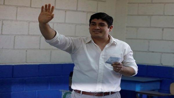 En la primera vuelta celebrada el pasado 4 de febrero, Carlos Alvarado logró un 21,7 por ciento.