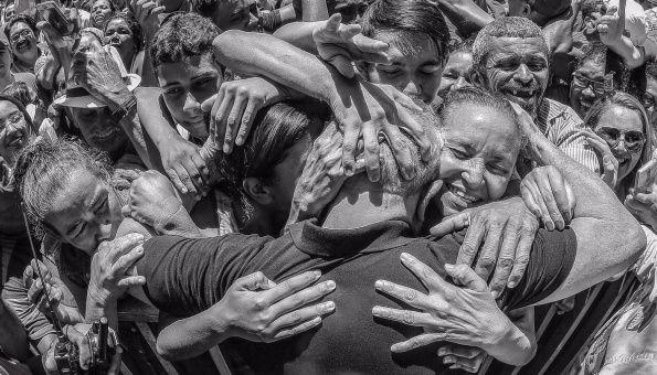 """""""No solo Brasil, el mundo entero te abraza Luiz Inácio Lula da Silva"""", dijo el presidente de Venezuela, Nicolás Maduro."""