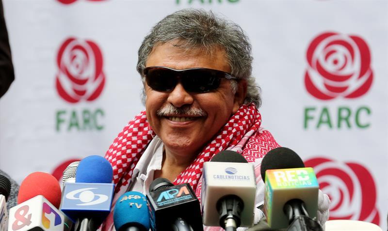 El abogado de Santrich informó que su representado iniciará una huelga de hambre tras su detención.