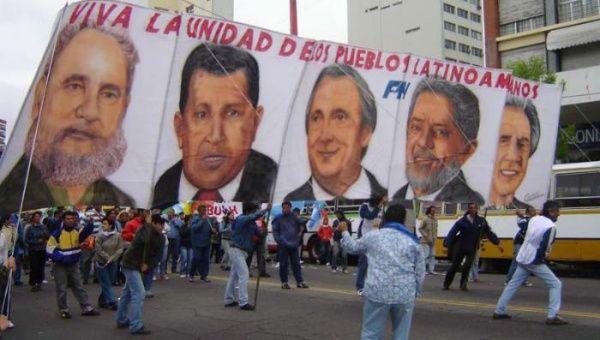 La Cumbre de los Pueblos tomó fuerza en Mar de Plata, Argentina, acompañada por los presidentes Hugo Chávez, Néstor Kirchner y Luiz Inácio Lula da Silva.