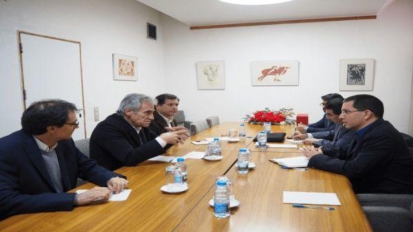 Los integrantes del PCP destacaron la lucha del Gobierno venezolano en los últimos años frente a las acciones unilaterales de otros países en su contra.