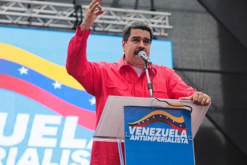 """""""El pueblo sirio es un pueblo de paz, es un pueblo trabajador, no es un pueblo que quiera la guerra"""", aseveró el mandatario venezolano."""