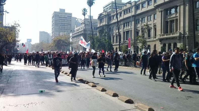 La movilización estudiantil se dio después de que un fallo del Tribunal Constitucional no considerara inconstitucional lucrarse por administrar una universidad.