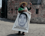 A mother of one of the kidnapped students protests in front of the military barracks in Chilpancingo, Guerrero. April 20, 2018.