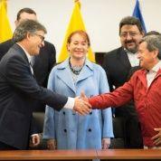 Diálogo Gobierno-ELN: nueva sede, iguales preocupaciones