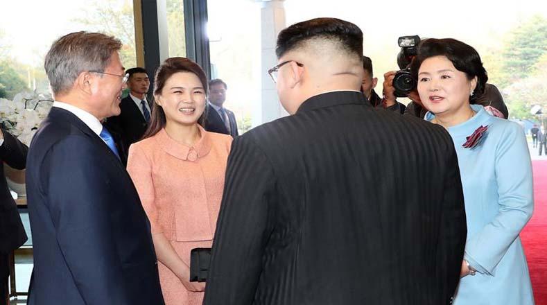 Ambos mandatarios pactaron un acuerdo de sinceridad para alcanzar la paz como regalo para el mundo.