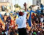 Venezuelan presidential candidate Henri Falcon of the Avanzada Progresista party, waves to supporters during his campaign closing rally in Maracaibo, Venezuela May 12, 2018.