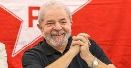 Desde el pasado 7 de abril el precandidato presidencial, Luiz Inácio Lula da Silva se encuentra detenido en una cárcel de Curitiba, Brasil.