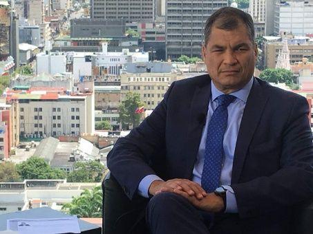 El expresidente llegó este viernes a Venezuela para acompañar las elecciones del domingo.