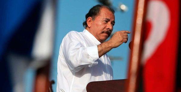"""Daniel Ortega enfatizó que """"no se puede llevar a la guerra entre las familias nicaragüenses""""."""