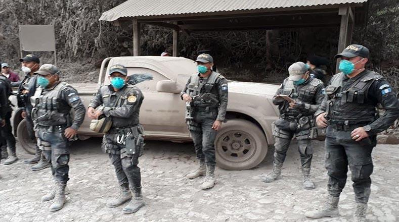 En su intervención, Morales precisó que ante la magnitud de los daños podría decretarse en las próximas horas el estado de emergencia o de calamidad al menos en los tres departamentos más afectados.