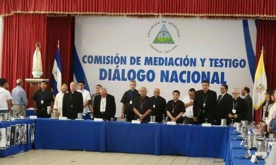 El diálogo estuvo suspendido durante 15 días en espera de las propuestas por parte del Gobierno.