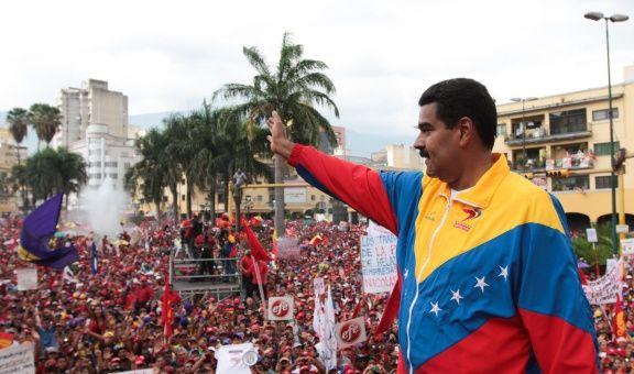 """Un 44 por ciento aseguróque el desempeño del mandatario venezolano, reelecto hace casi un mes, es """"muy bueno""""."""