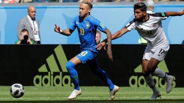 Mundial 2018  Brasil consiguió un triunfo que lo mantiene vivo en la Copa