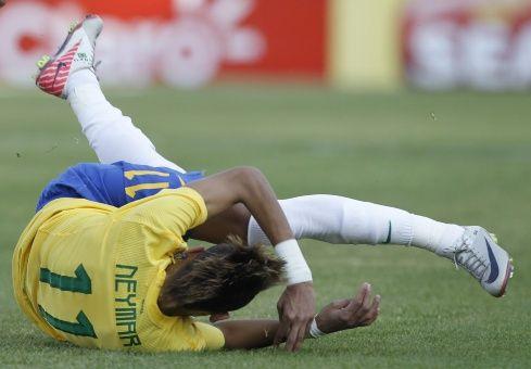 Local Brasileño Ofrece Tragos Gratis Por Cada Caída De Neymar
