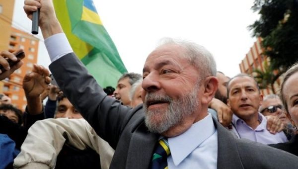 Former Brazilian President Luiz Inacio Lula da Silva arrives at Federal Justice for a testimony in Curitiba, Brazil, May 10, 2017.