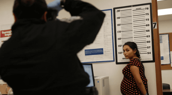 US: Pregnant Women Shackled, Miscarried Due to Lack of Care in ICE Detention