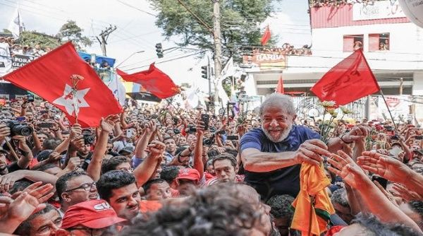 El Movimiento Brasil Libre busca inelegibilidad de Lula para las presidenciales, incluso antes de la inscripción de su candidatura.