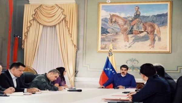 President Nicolás Maduro went to the country to announce the measures to counteract the economic situation of the country.