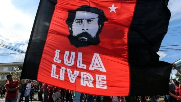 """Lula noted that it has been habitual throughout Brazilian history that a significant part of the elite class """"aligned themselves"""" with foreign interests."""