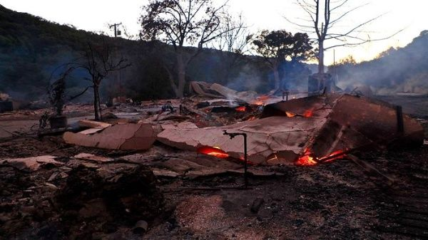 Más de 93.000 hectáreas han sido destruidastras laveintena de incendios registrados en los últimos días en California, EE.UU.