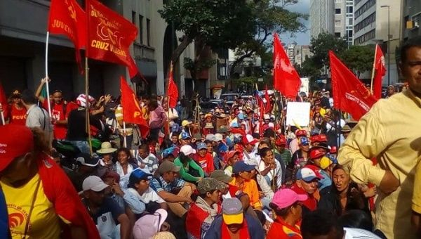 Campesinos march to Caracas to ask for government support in the agri-food production process.