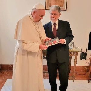 Papa Francisco envía bendiciones a Lula da Silva